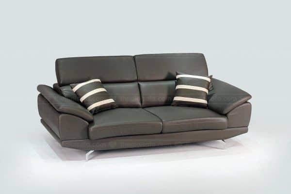 Mẫu sofa da hiện đại với kích thước nhỏ cho phòng khách nhà phố