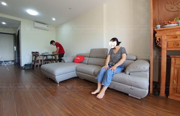 Giao hàng sofa da góc Malaysia ZL2682 cho chị Lan tại Homeland – Quận Long Biên