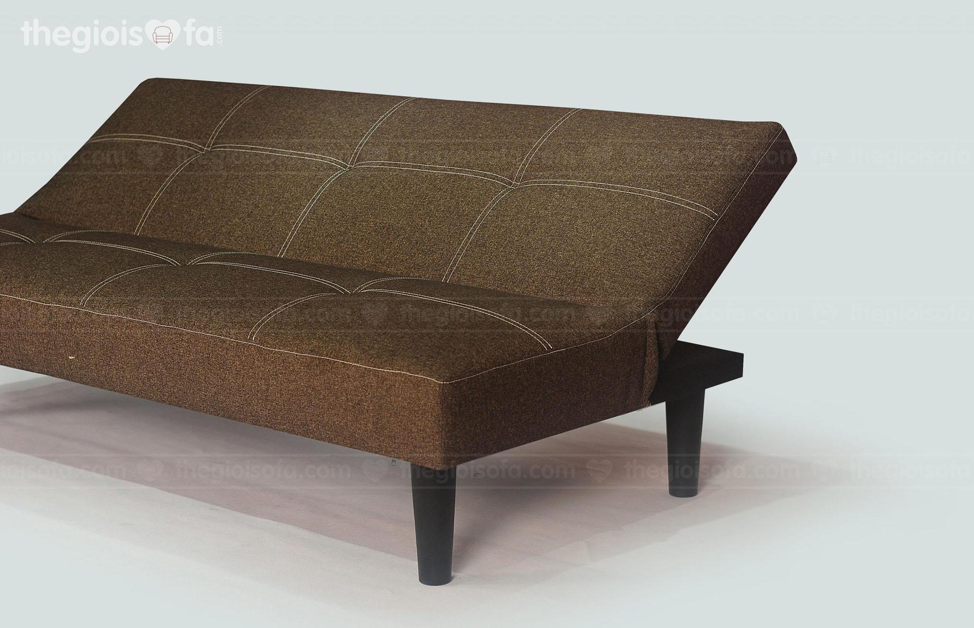Sofa dễ dàng ngả ra làm thành giường nằm êm ái