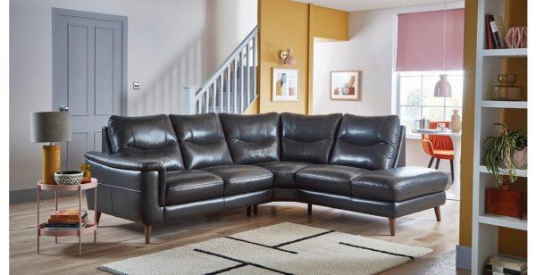 Sofa da Rome vô cùng rộng rãi, thoải mái, sang chảnh